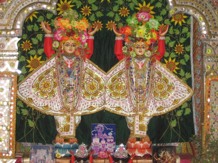 Sri Sri Nitai-Gauranga at Ekachakra_01.jpg