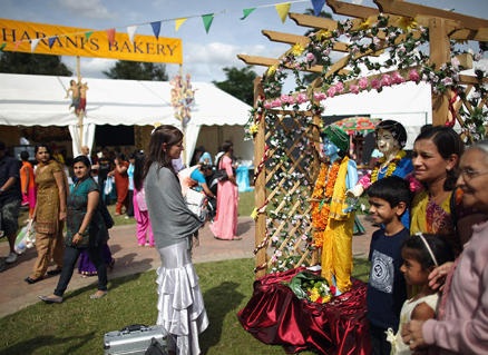 60,000 expected at Bhaktivedanta Manor's Janmashtami Festival thumbnail