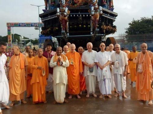GBC getting Balaji Ashirvadam (3 min. video)